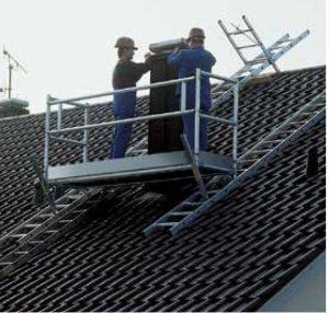Dach-und Kamingerüste